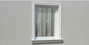 15. Kültéri stukkó dekorációs ötletek: ajtókeret, ablakkeret