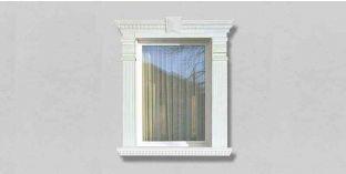 34. Kültéri stukkó dekorációs ötletek: Kültéri kérgesített stukkó ablakdíszítéshez