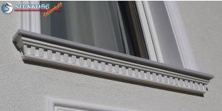 Dunaújváros 106 F kérgesített ablakpárkányok, párkánylécek