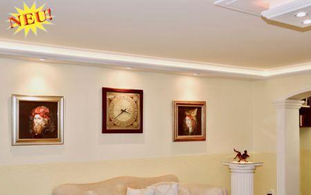 Direkt fényforrás és indirekt világítás, spot izzó és Led szalag használatával